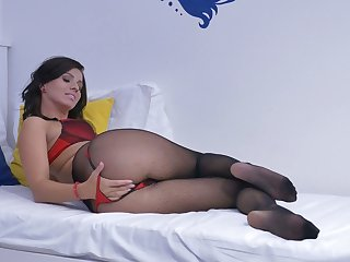 Housewife in pantyhose Vicky Love is masturbating her sex-crazy pussy