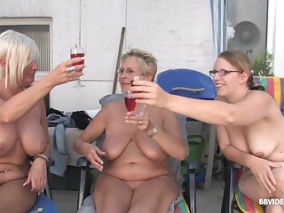 Mature bluff haired MILF babes get facials in an open-air orgy