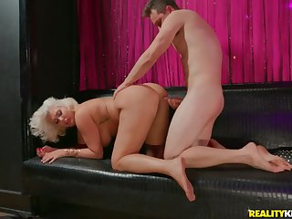 Super fat ass on a cock riding blonde mommy
