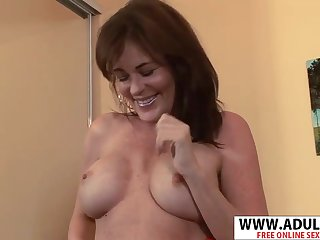 Housewife Bella Roxxx Hot Sex