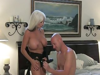 sally d'angelo pegging baldie
