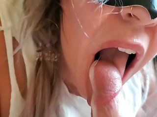 Milf gamer blowjob w prostate and meeting orgasm torture