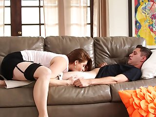 Curvy ginger milf gives a bonny blowjob