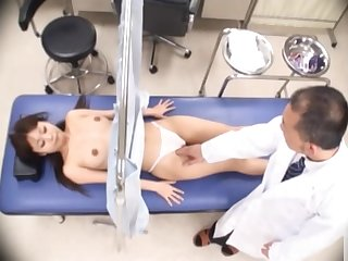 Japanese girl gets her pussy checked out in detail!