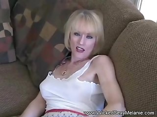 Blowjob from a sexy amateur granny named Jilted Sexy Melanie.