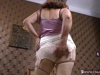 OmaGeiL Compilation for Mature Masturbation