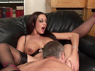 Milf on fire gets laid being done with the new manager