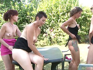 Alice Black and Zaza La Coquine are adult women who reverence a BBC