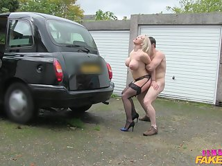 Billy King fucked busty driver Rebecca With respect to outdoors