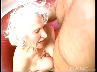 Blonde mature adores to burst a hard penis before and after rough sex