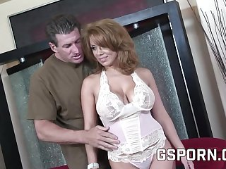 HD porn video be required of a hot brunette milf fucking surpassing sofa