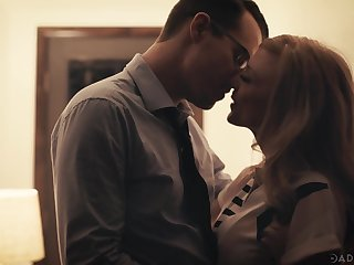 Beautiful aged woman Nina Hartley has an incident with a handful of handsome man