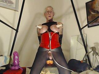 Granny Bobbie Goes monumental