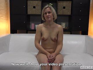 Amateur Porn Milf Rides Cock