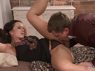Erotic fucking in the evening with alluring tie the knot Cindy Dollar