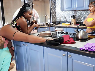 Buxomy MUMMY seduced stepdaughter's Phase in kitchen