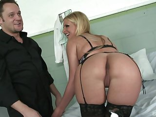 Staggering light-complexioned Phoenix Marie wearing swarthy lingerie gets fucked