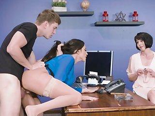 Dashing anal being done with adult Ariella Ferrera